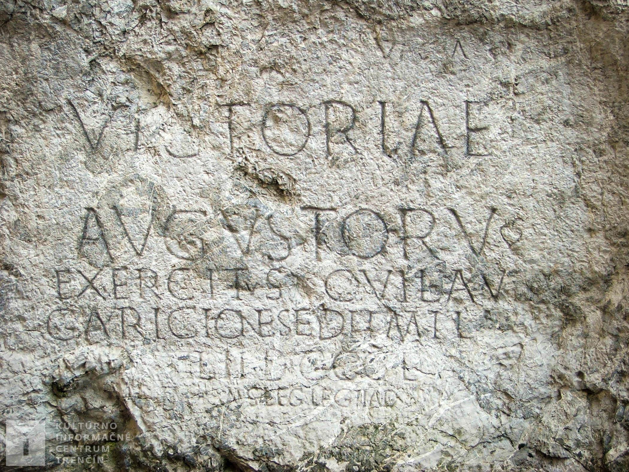 Rímsky nápis