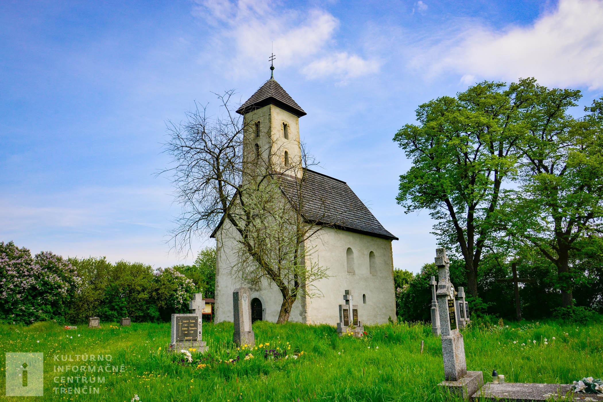Románsky kostolík v Pominovci, zasvätený sv. Jánovi Krstiteľovi /Church in Pominovec