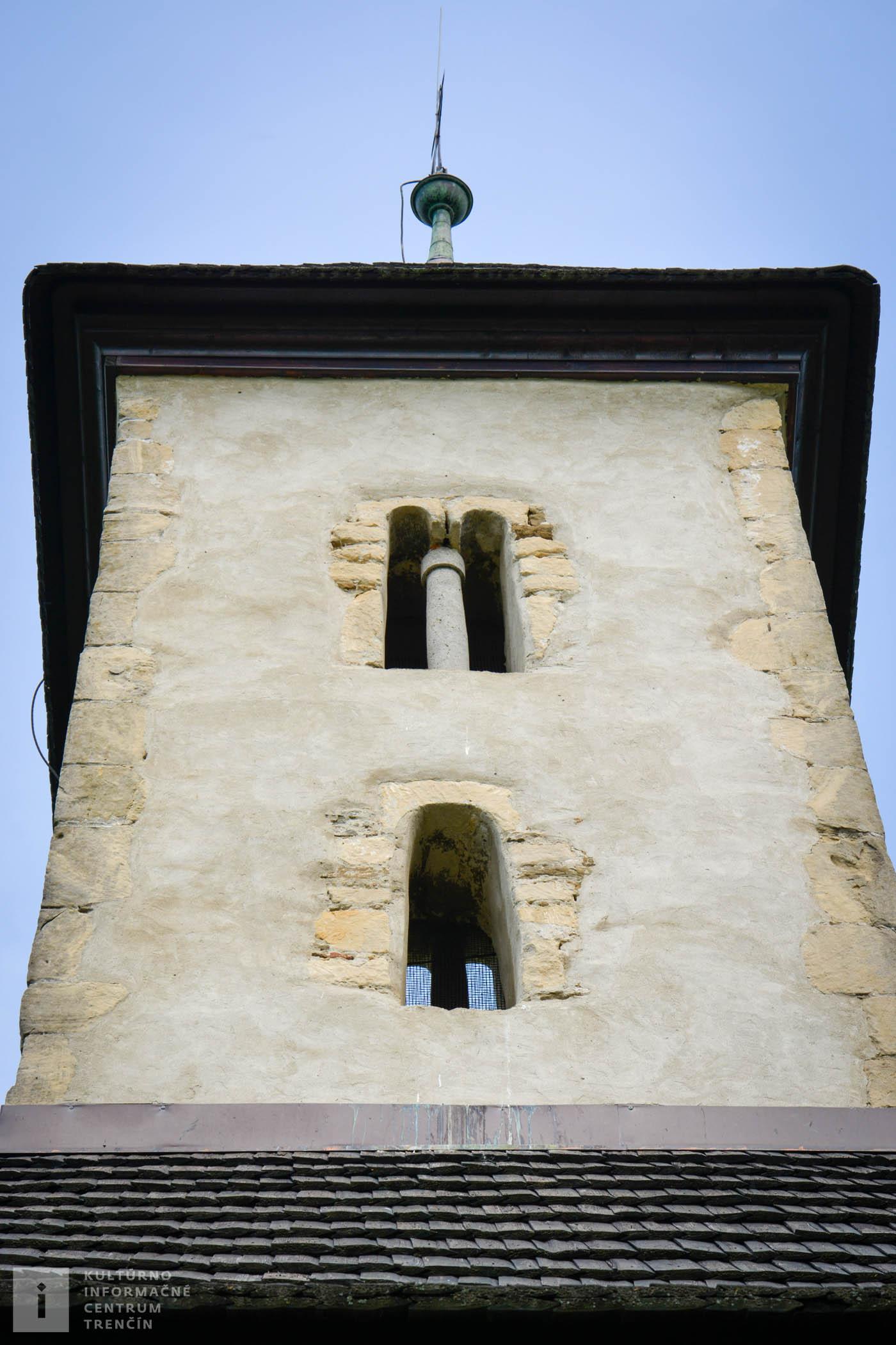 Pohľad na vežu kostolíka sv. Jána Krstiteľa v Pominovci/Church Tower in Pominovec