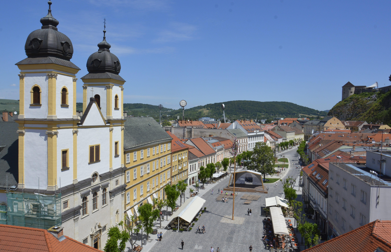 f6ba55e3a Mierové námestie » Visit Trenčín