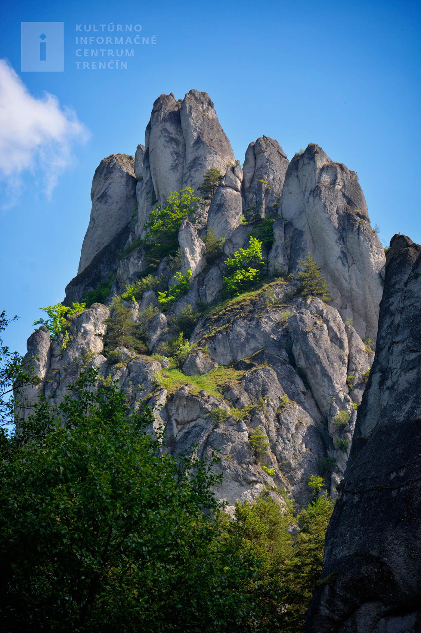 Súľovské skaly a zraková pyramída