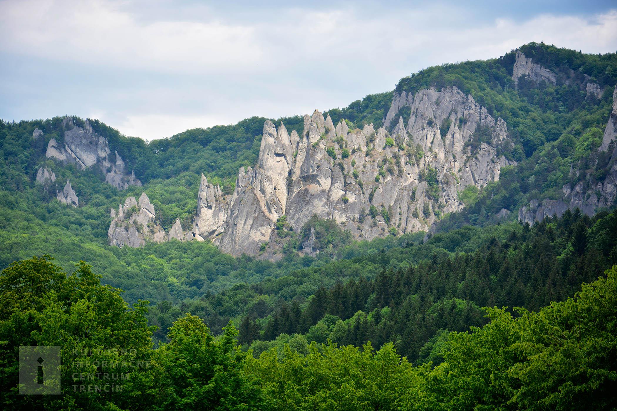 Súľovské skaly/Súľovské skaly Mountains