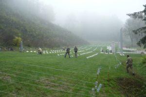 Práce na obnove cintorína. Foto: P. Honzek.