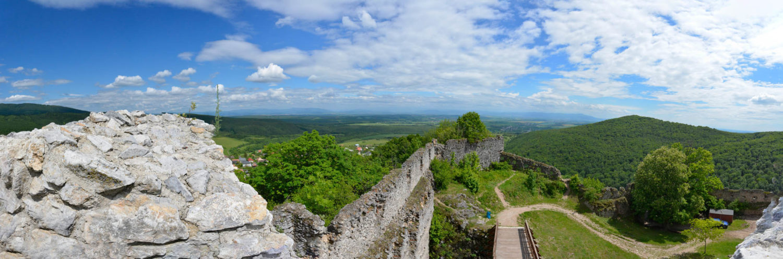 Topolciansky-hrad.jpg