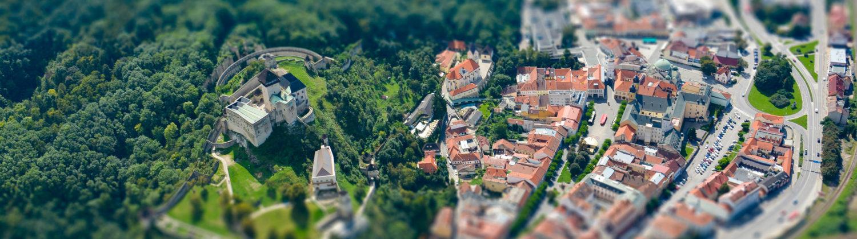 visit-trencin-hrad-mesto-letecky.jpg
