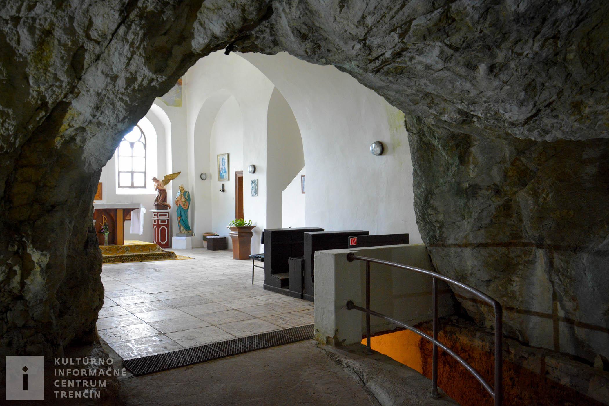 Kaplnka kláštora na Veľkej Skalke/Chapel in the Veľká Skalka Monastery