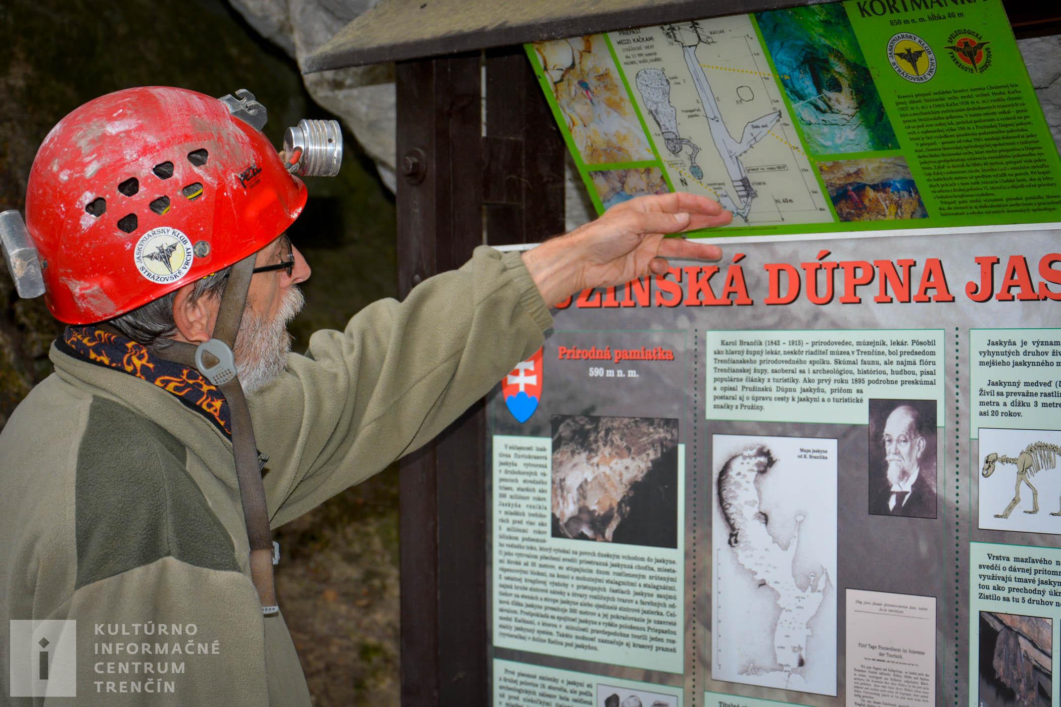 Pružinská Dúpna jaskyňa sa nachádza v Strážovských vrchoch. Speleológ Bohuslav Kortman rozpráva o histórii Pružinskej Dúpnej jaskyne