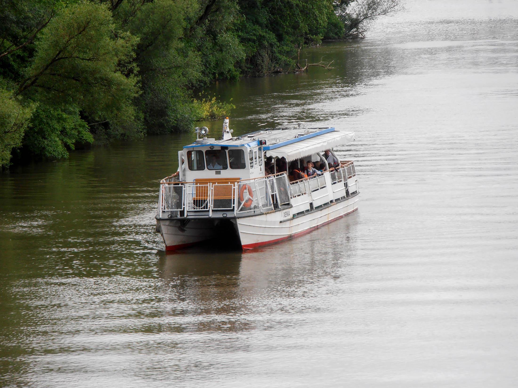 Plavba loďou Xénia na Váhu