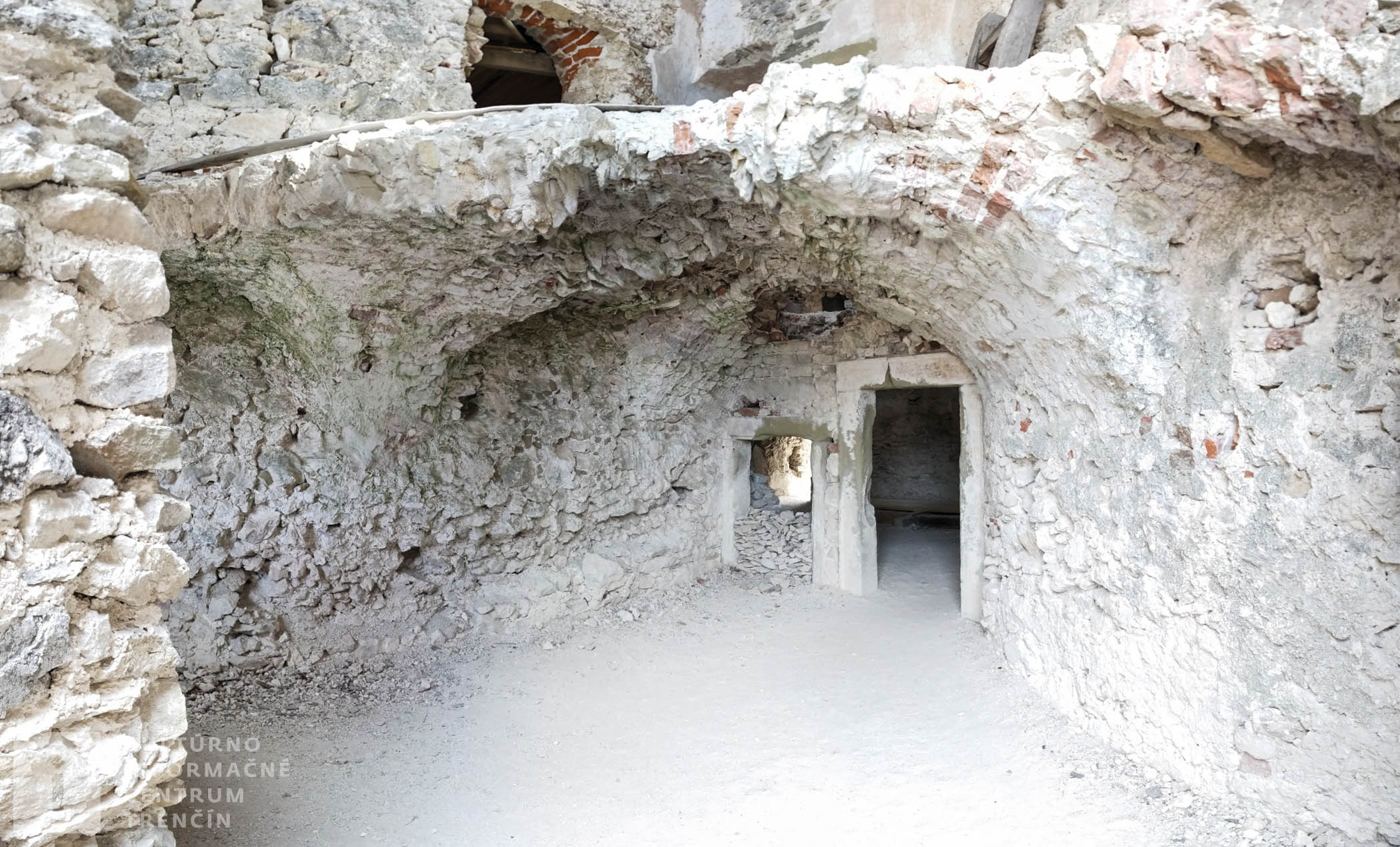 Interiér hradu Uhrovec/Interior of Castle Uhrovec