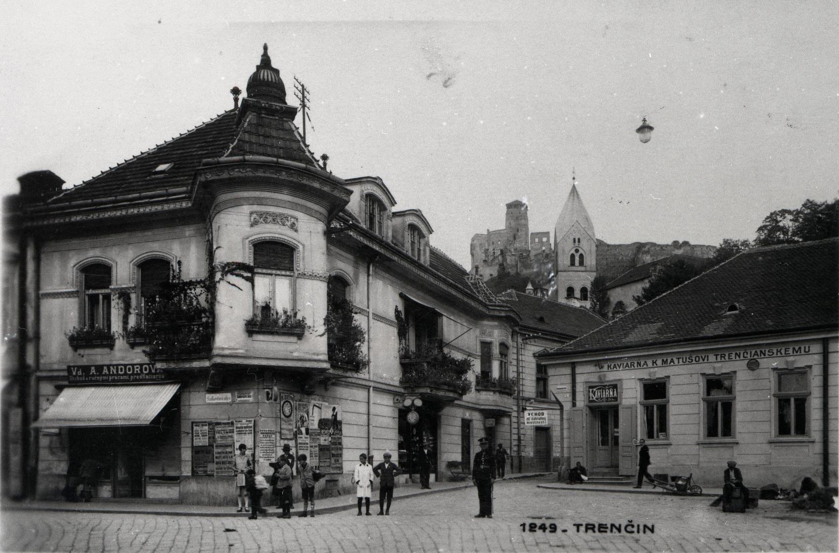 2.The beautiful Kirchner house in the Art Nouveau style stood on the corner of the adjacent Ľudový hájik (Folk Grove) alley (1930).